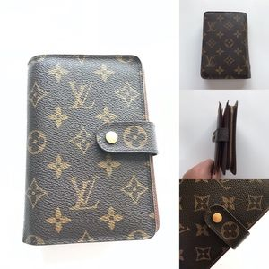 Authentic Louis Vuitton Porte Papier Wallet